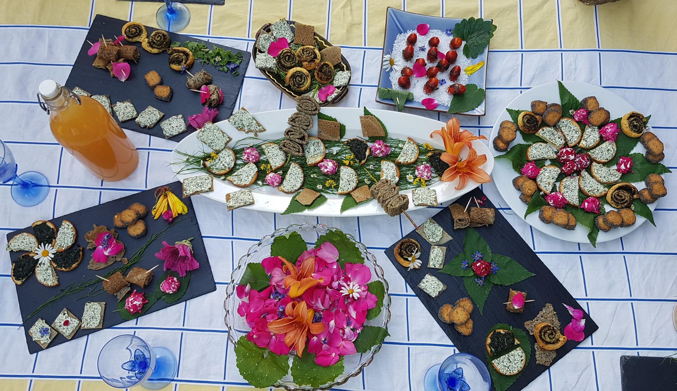 buffet plantes sauvages coloré nature