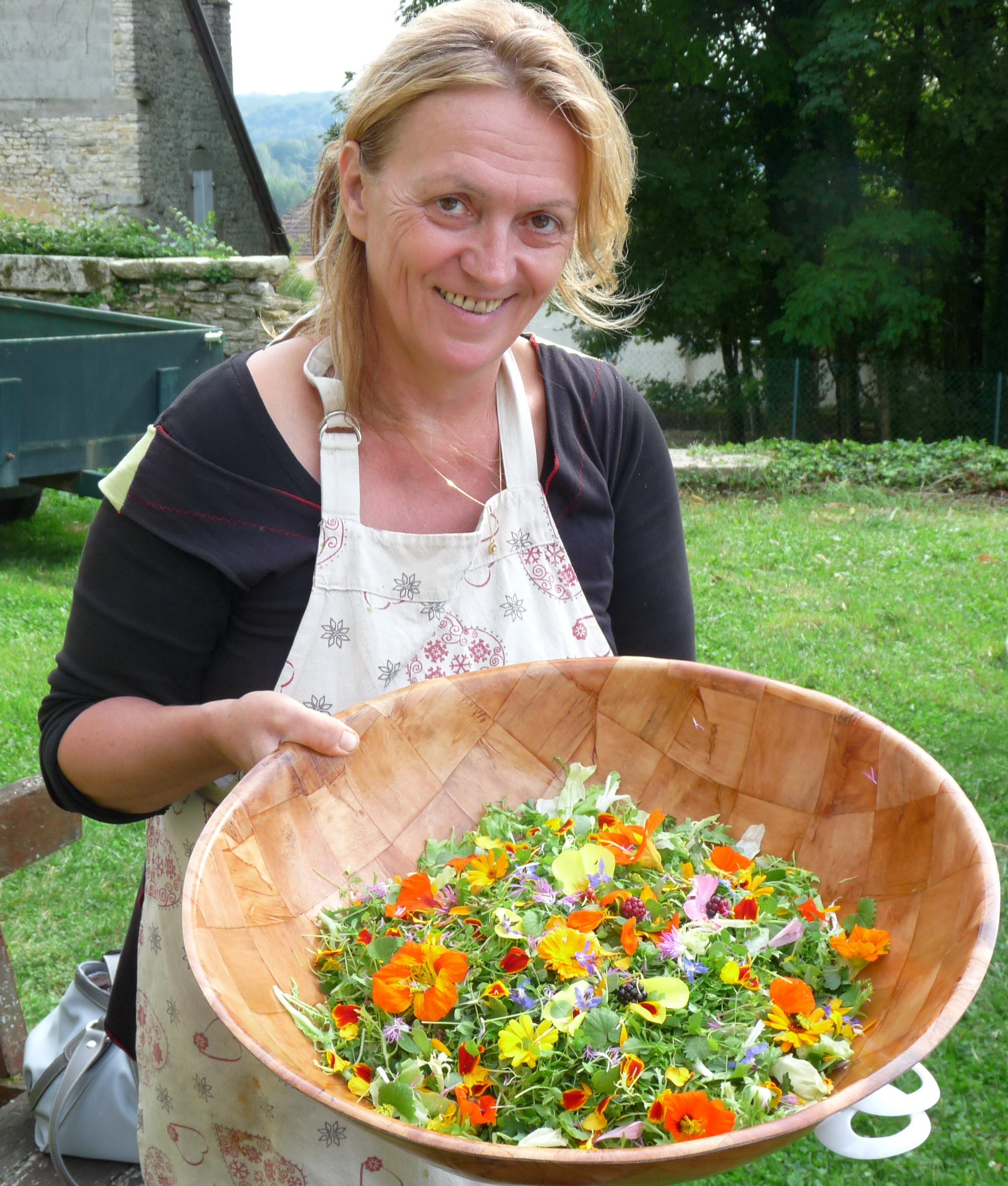christine spohn l'hôte cueillette fleurs salade bio nature